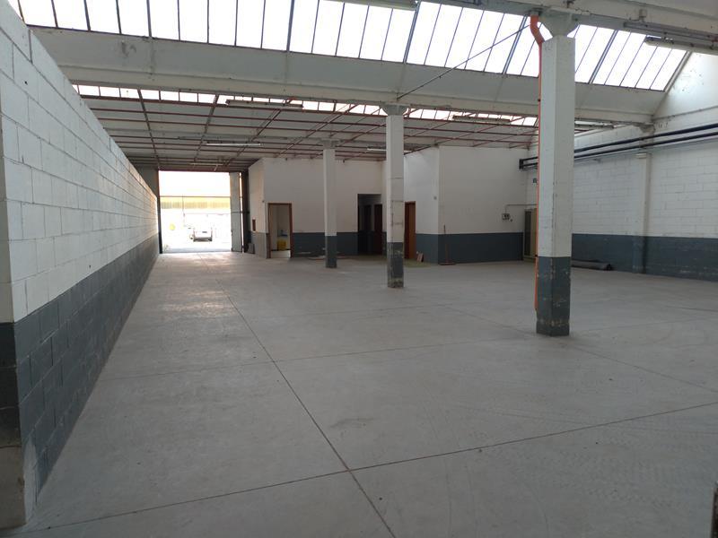 Sc012 – VIGLIANO BI. – magazzino / laboratorio – 850 mq